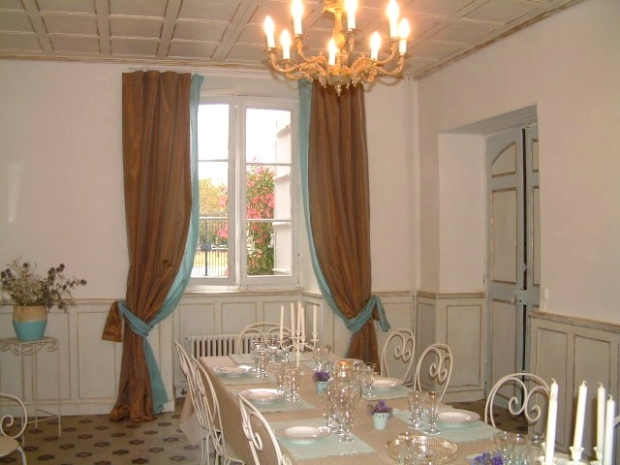 French Shabby Chic Dining Hall Room Interiors Inspiration