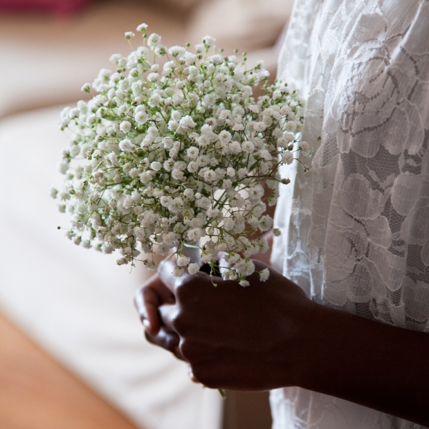 DIY Bridesmaid Bouquet - White Gypsophila. Image by Alexis Frespuech http://www.alexis-photos.fr