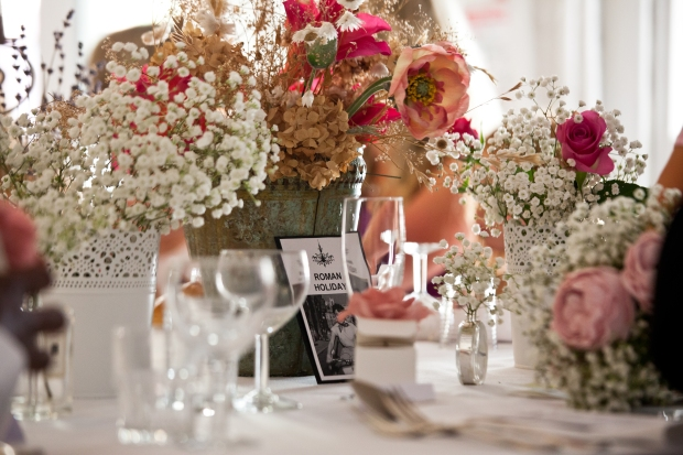 Shabby Chic Wedding Table Decor Flowers
