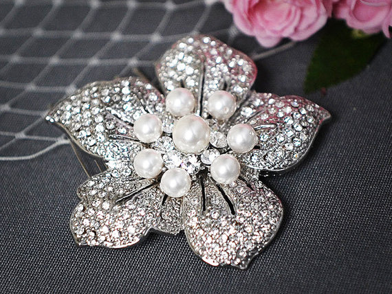 PHOEBE £41.70, art deco blooming flower vintage-inspired bridal hair comb with swarovski pearls.